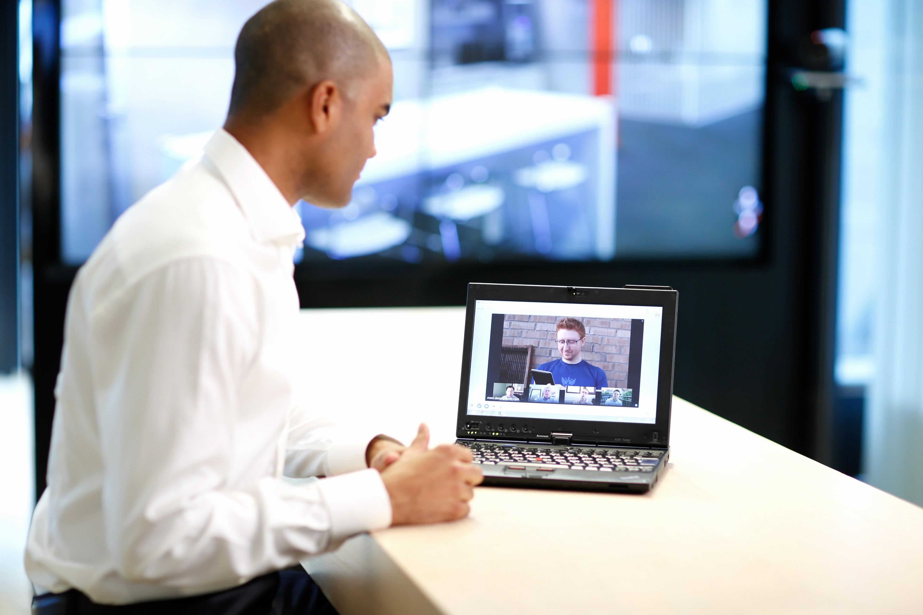 At Meeting or In Meeting Best Of How Line Meetings Help Get Jobs Done Under Deadline