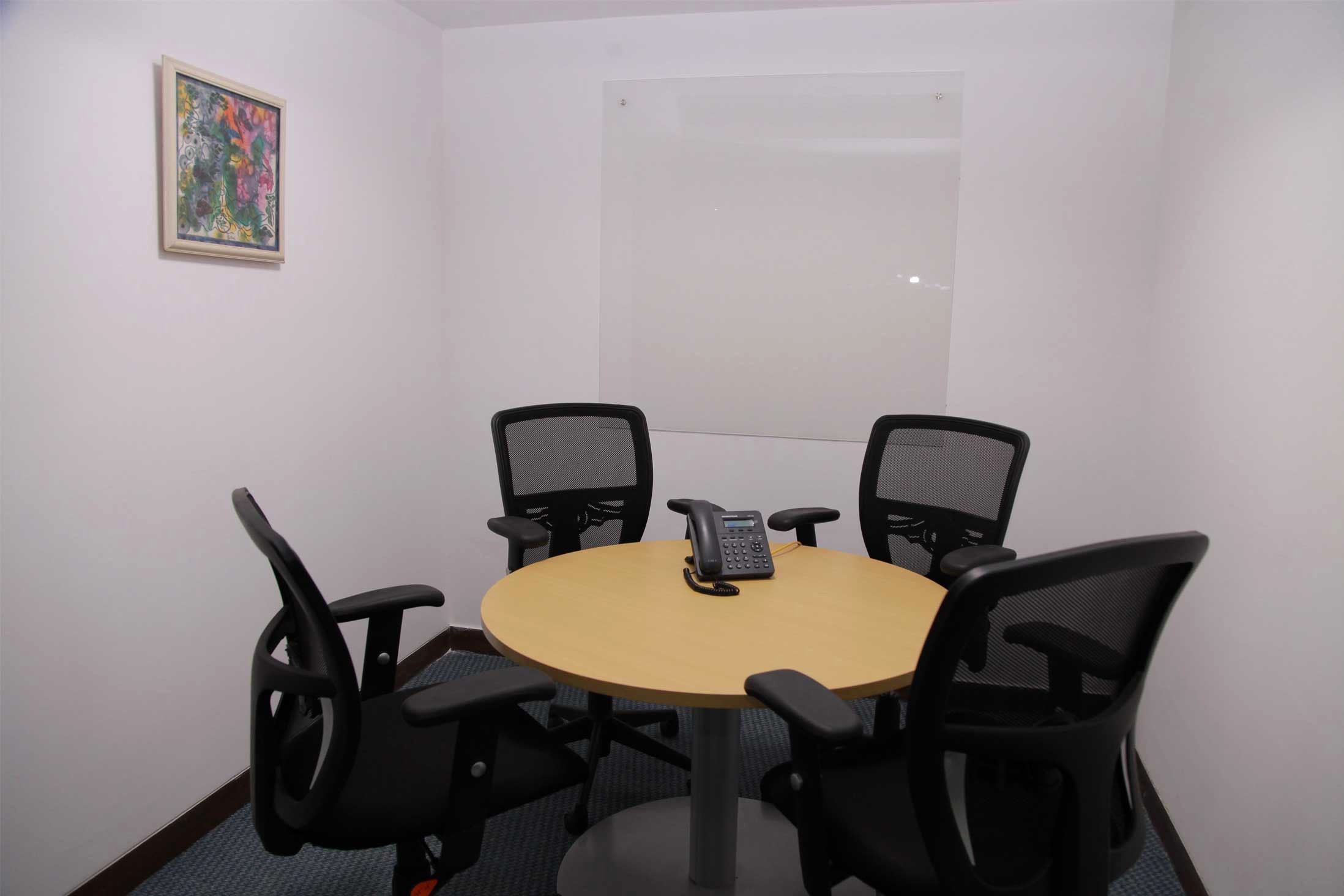 At Meeting or In Meeting Lovely Fice Space for Rent
