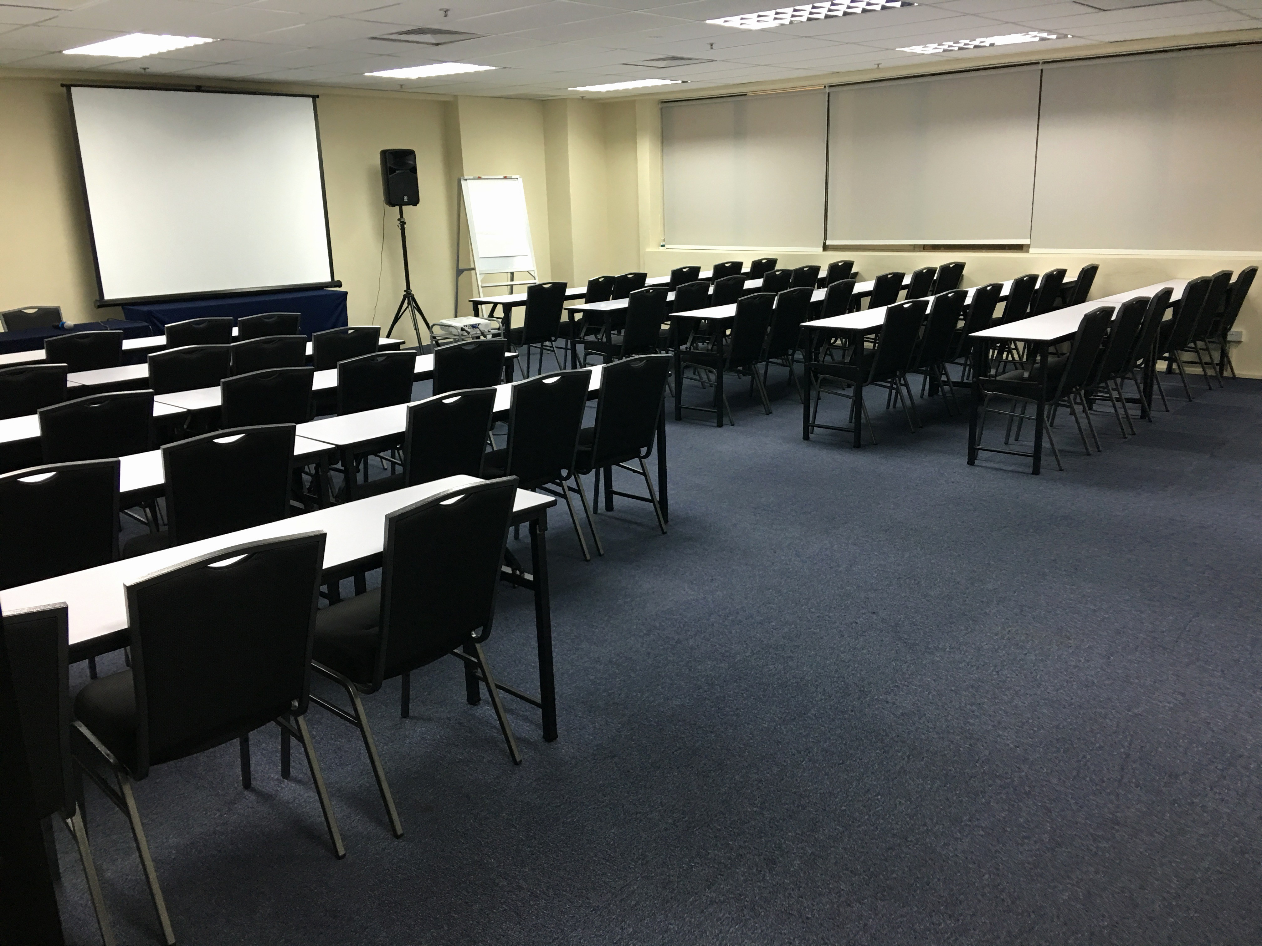 At Meeting or In Meeting New Meeting Room Rental In Singapore