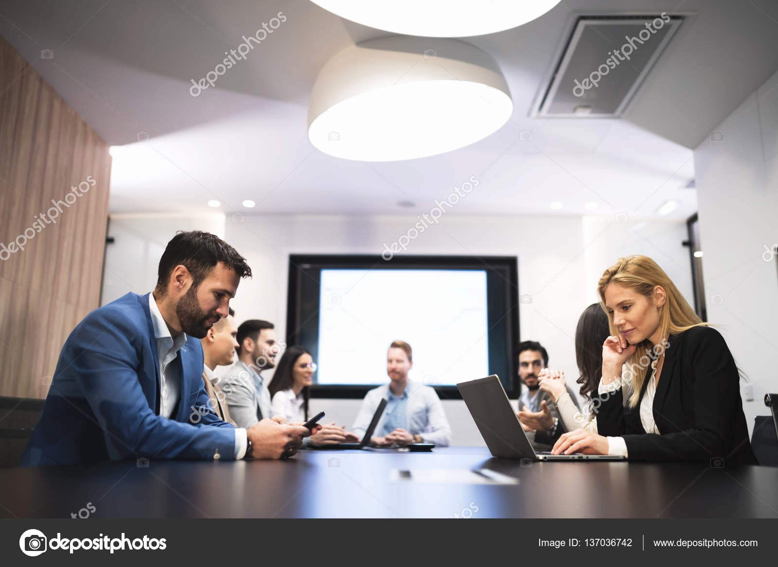 At Meeting or In Meeting Unique Business Meeting In Modern Conference Room — Stock