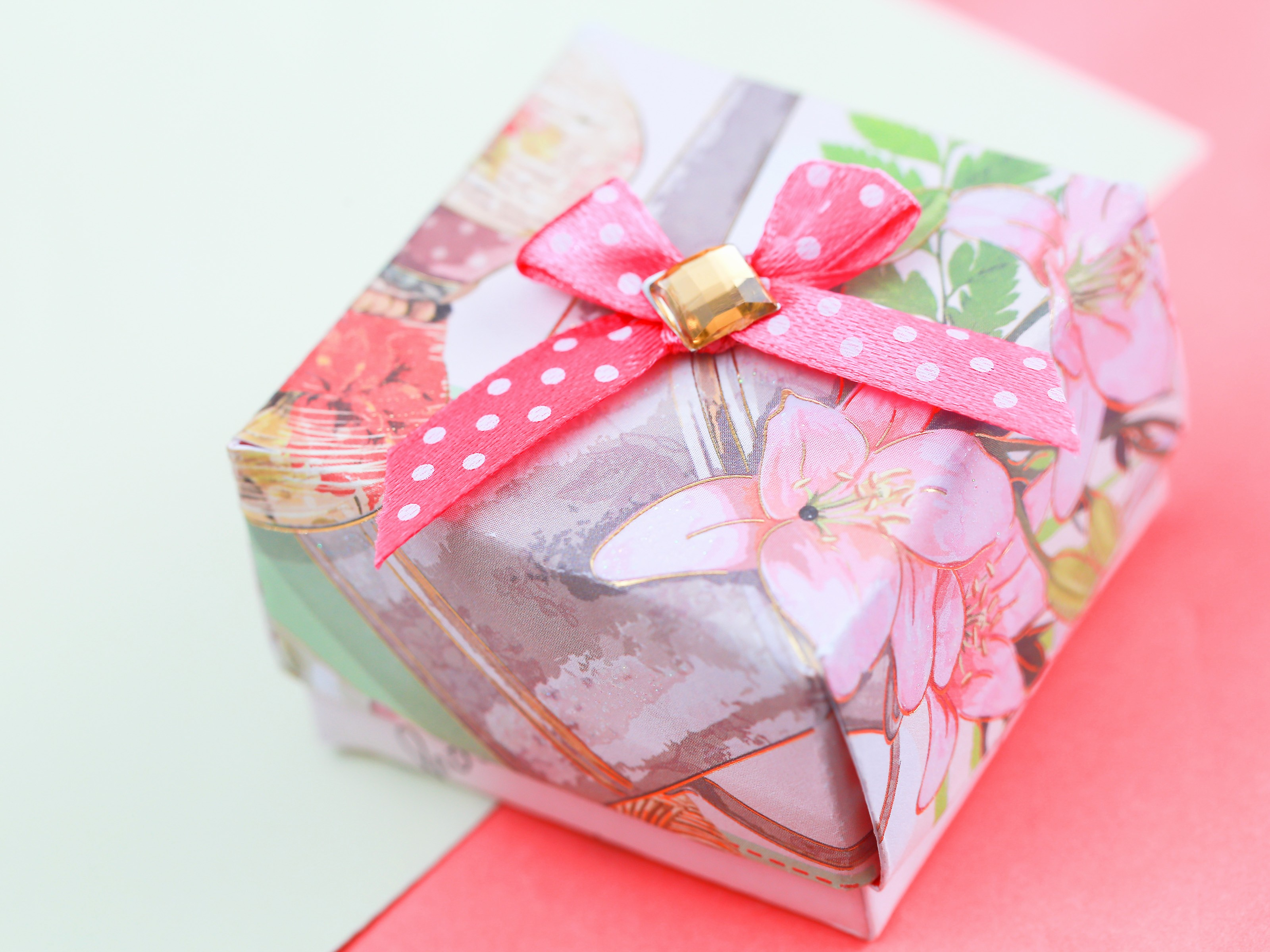 Create A Gift Card Free Awesome How to Make A Gift Box Out Of A Greeting Card with