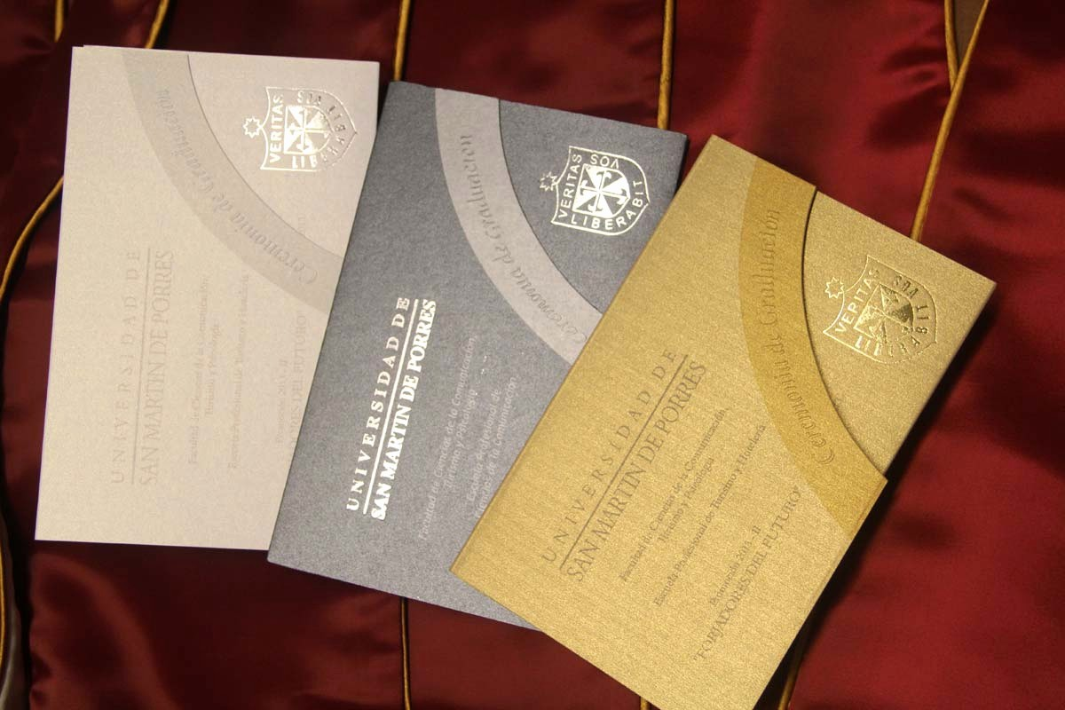 Diseño De Tarjetas De Invitacion Luxury Apg Graduaciones