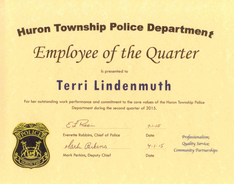 Employee Of the Quarter Certificate Lovely Police Dispatcher Presented with 'employee Of the Quarter
